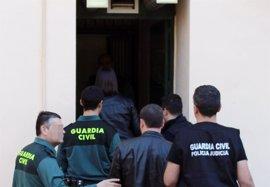 La Guardia Civil detiene a dos personas por vender reservas hoteleras y de ocio presuntamente falsas