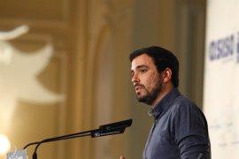 Garzón aclara a la militancia que IU no se fusionará con Podemos y que ese debate solo busca dividir al partido