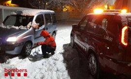 El teléfono de emergencias recibe 132 llamadas por nieve en Catalunya
