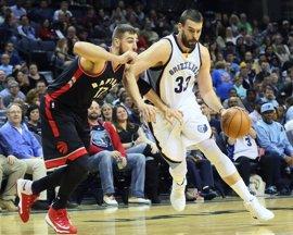Marc Gasol llama a la puerta del 'All Star' con 42 puntos ante los Raptors