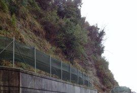Gobierno vasco, Diputación y Ayuntamiento de Hondarribia colaborarán en estabilizar la ladera de la carretera del faro
