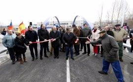 Inaugurado el nuevo puente sobre el río Híjar en Reinosa