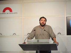 El PSC pregunta a Borràs si facilitará que los funcionarios libren por el juicio a Mas