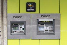 Ciudadanos, En Comú e IU preguntarán al Gobierno por el rescate bancario y su coste