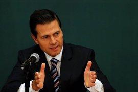 Políticos y empresarios mexicanos apoyan el plante de Peña Nieto a Trump