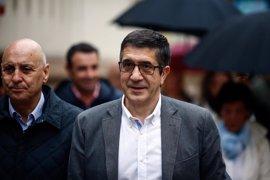 Patxi López cuenta con la líder del PSOE-M en su próximo acto con militantes el viernes en