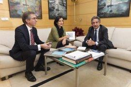 Igual: Gobierno y Ayuntamiento deben remar juntos para luchar contra el paro en Santander