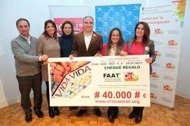 Mujeres taxistas recaudan 40.000 euros para la Unidad de Investigación de Terapias Avanzadas para el cáncer infantil