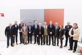 Amat traslada a la Mesa de las Infraestructuras el compromiso del Gobierno con el AVE a Vera (Almería)