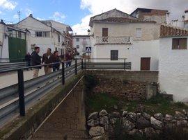La Diputación garantiza la puesta en marcha de la estación depuradora de Riogordo en 2017
