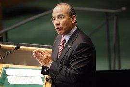 """El ex presidente Felipe Calderón advierte de que """"lo peor está por venir"""""""