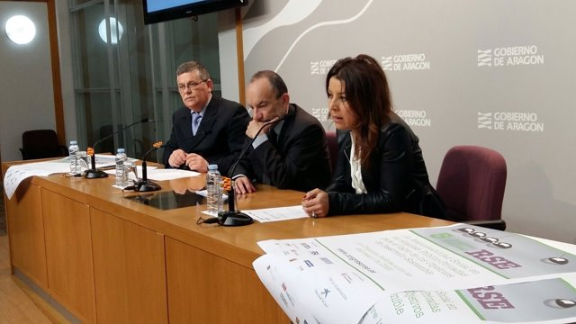 Tejedor, Javierre y Macía han presentado este viernes el congreso
