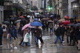 Un total de 22 provincias estarán hoy en riesgo por lluvia, viento, nieve, frío y oleaje