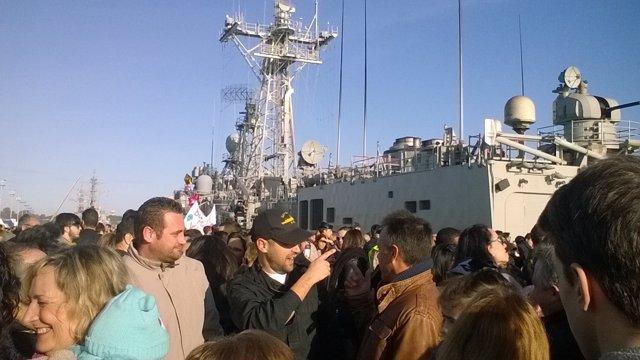 Regreso de la fragata Navarra a Rota (Cádiz)