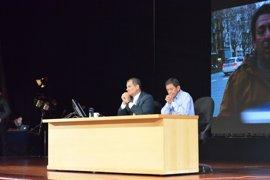 Rafael Correa ensalza el valor de los migrantes ecuatorianos en un acto en Barcelona