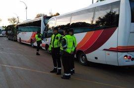 La campaña de la DGT de control del transporte escolar finaliza en Huelva con nueve vehículos denunciados