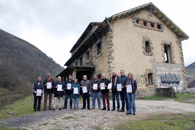 Representantes del PRC en la zona del Pas-Pisueña-Miera