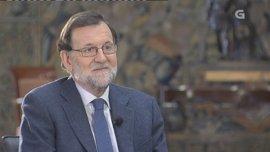 """Rajoy destaca el """"descomunal"""" cambio de Galicia en sus 35 años de autogobierno y ensalza a Albor como artífice"""