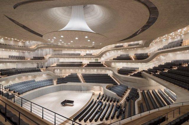 """Elbphilharmonie, en Hamburgo, la sala de conciertos """"acústicamente perfecta"""""""