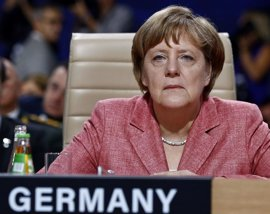 Trump y Merkel coinciden en que todos los socios de la OTAN paguen lo justo