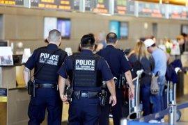El Departamento de Seguridad Nacional confirma que 375 pasajeros se han visto afectados por la orden ejecutiva