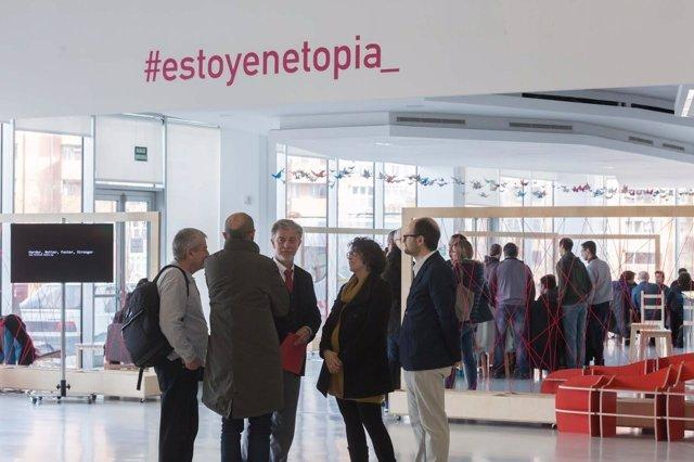 El alcalde de Zaragoza visita Etopia.