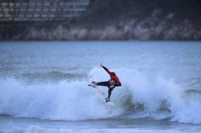 Campeonato de Surf La Invernal de Laredo