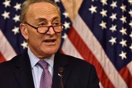 El portavoz demócrata en el Senado pide anular la orden presidencial de Trump