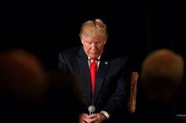 """Fiscales de 16 estados condenan la orden ejecutiva de Trump por """"inconstitucional y antiestadounidense"""""""
