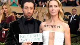 Simon Helberg (The Big Bang Theory) se une a las protestas contra la política de inmigración de Trump