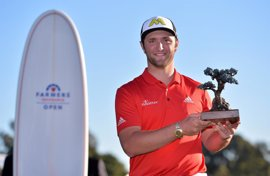 Jon Rahm gana en San Diego y estrena su palmarés en la PGA