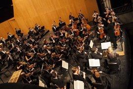 La Diputación de Málaga reconoce a la Orquesta Filarmónica, Europa Press y el Grupo Peñarroya por el Día de Andalucía