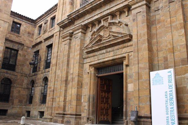 Fachada Nuestra Señora de Regla, León