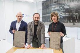 El museo Balenciaga de Getaria conmemora el centenario de la apertura del primer negocio del modisto en San Sebastián