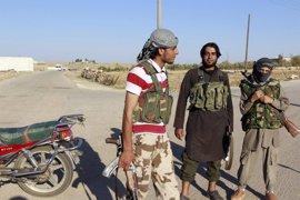 Muertos 14 soldados sirios en un ataque del Estado Islámico contra un aeropuerto a las afueras de Damasco