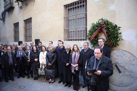 """Espadas insta a trabajar por la paz sin olvidar """"el terror"""" de ETA porque """"Sevilla no olvida a Alberto y Ascen"""""""