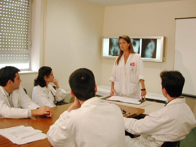 NP: Más De Un Millar De Profesionales De La Sanidad Pública Participan En El Pro