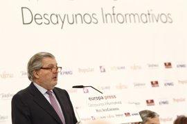 Méndez de Vigo responsabiliza a Cataluña del retraso del pago de las becas a los 160.000 alumnos catalanes