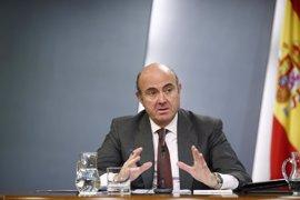 Guindos dice que por ahora no se puede continuar con el procedimiento sancionador en el caso Volkswagen