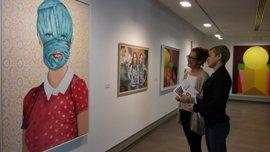 La VIII Bienal de Artes Plásticas Rafael Botí expone desde este miércoles las 30 obras seleccionadas