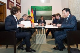 La Junta de Extremadura firma un convenio para promover la accesibilidad universal en espacios de uso cultural público