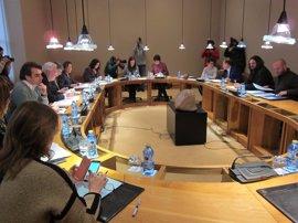 """En Marea y BNG denuncian que PPdeG """"vete"""" debatir en pleno crear una comisión de investigación sobre Angrois"""