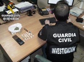 Detenido un joven por vender cocaína en un bar de Corbera