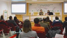 Más de 70 firmas agroalimentarias andaluzas asisten a una jornada de Extenda sobre la normativa FSMA en EEUU