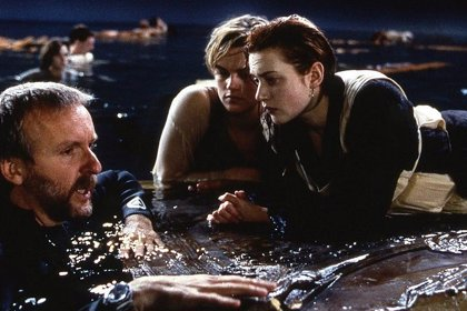 James Cameron vuelve a defender el final de Titanic