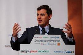 Rivera cree que el proteccionismo de Trump puede ser una oportunidad para que la UE busque nuevos mercados