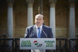"""Ortuzar cree que """"la candidata Larrión"""" ha empezado la campaña en Vitoria"""