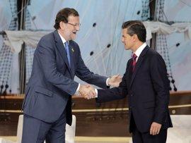 España abre la puerta a convocar una reunión de países iberoamericanos sobre Trump si México lo pide