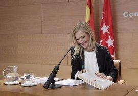 """Cifuentes no va a subir los impuestos en la Comunidad de Madrid """"porque Susana Díaz quiera subirlos en Andalucía"""""""
