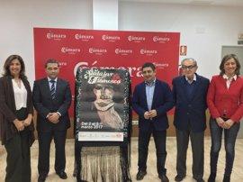 Reyes subraya la importancia de Andújar Flamenca en la actividad económica de la provincia